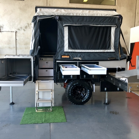 camper trailer queensland